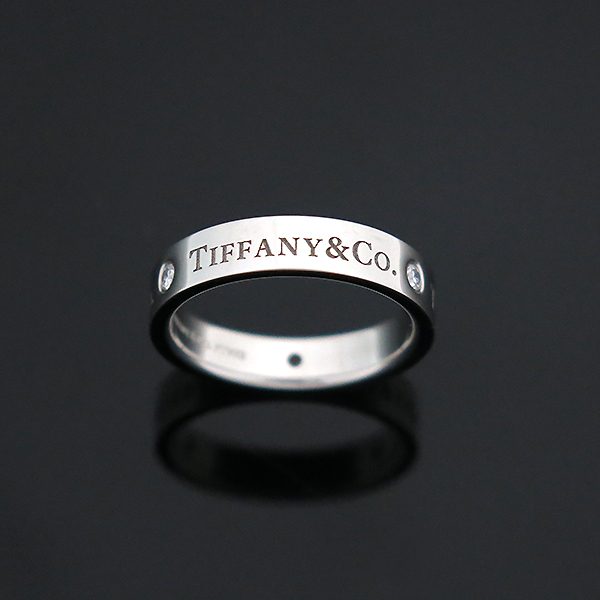 Tiffany(티파니) PT950 플래티늄 Tiffany&Co 라운드 로고 브릴리언트 3포인트 다이아 밴드 링 반지-10호 [부산센텀본점] 이미지4 - 고이비토 중고명품