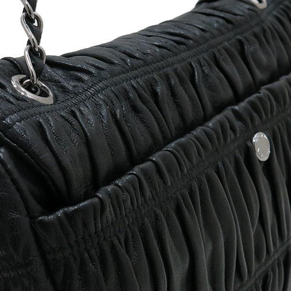 Prada(프라다) BR4553 블랙 컬러 램스킨 나파 고프레 은장 체인 숄더백 [인천점] 이미지5 - 고이비토 중고명품