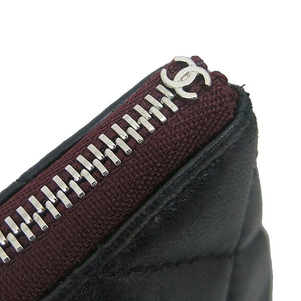 Chanel(샤넬) A82545 블랙 램스킨 은장 COCO 로고 뉴미듐 클러치 [동대문점] 이미지4 - 고이비토 중고명품