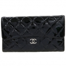 Chanel(샤넬) A31506 타임리스 클래식 은장 COCO로고 블랙 페이던트 장지갑 [강남본점]