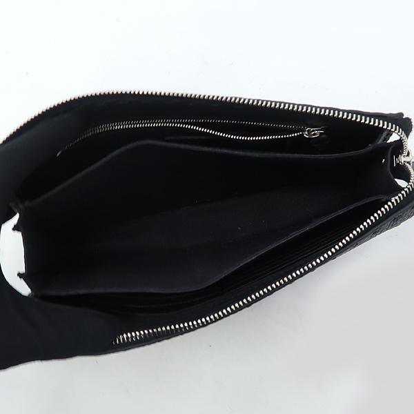 Fendi(펜디) 7VA350 셀러리아 은장 로고 장식 블랙 레더 백버드 클러치 [강남본점] 이미지5 - 고이비토 중고명품