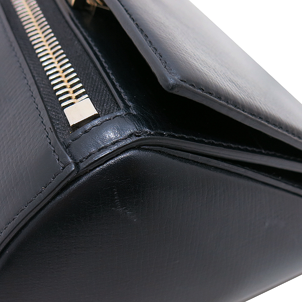GIVENCHY(지방시) BB05256006 카프스킨 블랙 금장로고 PANDORA BOX 판도라 박스 미니 크로스백 [인천점] 이미지4 - 고이비토 중고명품