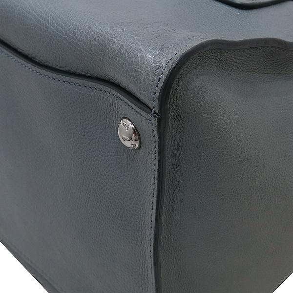 Prada(프라다) B2625M GLACE CALF (글라세카프) 그레이 컬러 더블 지퍼 은장 삼각 로고 토트백 + 숄더스트랩 2WAY [인천점] 이미지6 - 고이비토 중고명품
