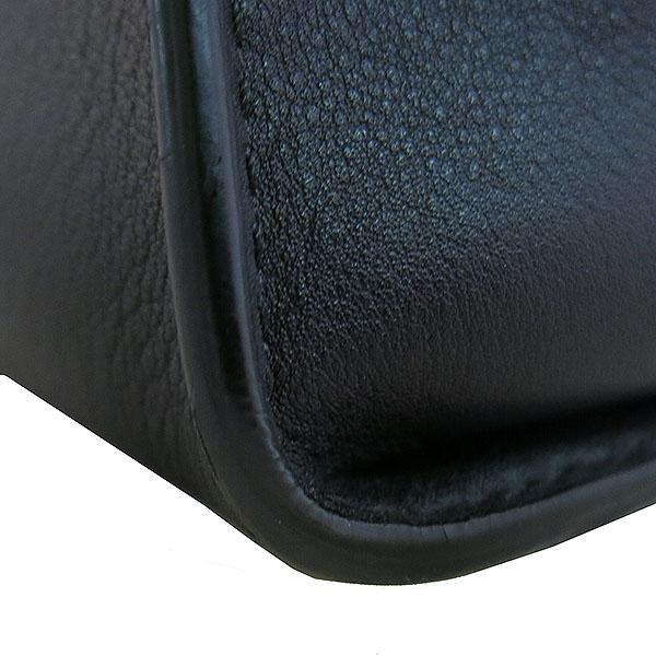 Fendi(펜디) 8BN290 블랙 레더 REGULAR(레귤러) 피카부 토트백 + 숄더 스트랩 [대구동성로점] 이미지4 - 고이비토 중고명품