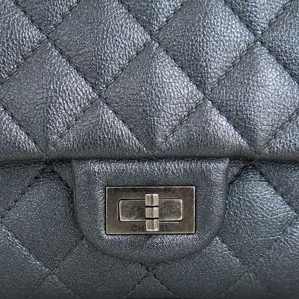 Chanel(샤넬) A37587Y25270 메탈릭 그레이블루 2.55 빈티지 라지 플랩 은장 체인 숄더백 [동대문점] 이미지4 - 고이비토 중고명품