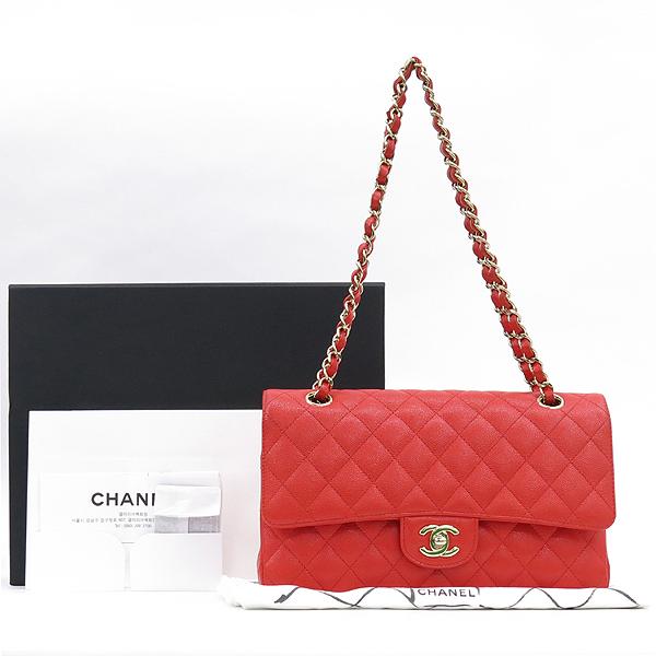 Chanel(샤넬) A01112Y33352 5B651 캐비어스킨 레드컬러 클래식 M사이즈 골드메탈 금장로고 턴 락 디테일 체인 플랩 숄더백 [강남본점]