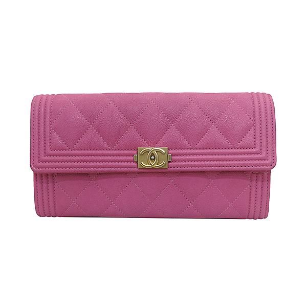 Chanel(샤넬) A80286Y836215B648 금장 보이 핑크 그레인드 카프스킨 장지갑 [부산센텀본점] 이미지2 - 고이비토 중고명품