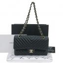 Chanel(샤넬) A01112 쉐브론 블랙 램스킨 클래식 M 사이즈 금장 체인 숄더백 [부산센텀본점]