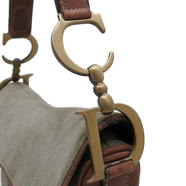Dior(크리스챤디올) 카키 컬러 자가드 브라운 레더 트리밍 D 빈티지 금장 로고 장식 새들 숄더백 [인천점] 이미지3 - 고이비토 중고명품