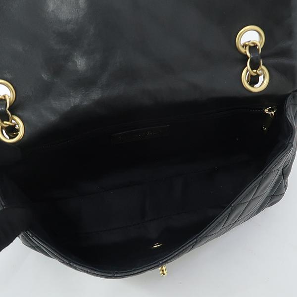Chanel(샤넬) 램스킨 블랙컬러 발렌타인 COCO 골드메탈 금장로고 백 참 디테일 체인 플랩 숄더백 [강남본점] 이미지5 - 고이비토 중고명품