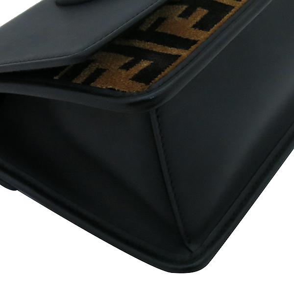Fendi(펜디) 8BT286 블랙 컬러 레더 은장 로고 KAN I (칸 아이) 숄더백 겸 크로스백 [부산서면롯데점] 이미지7 - 고이비토 중고명품