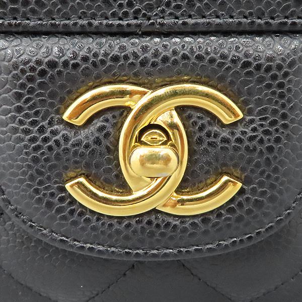 Chanel(샤넬) A28600 캐비어 스킨 블랙 클래식 점보 L사이즈 금장로고 체인 플랩 숄더백 [대구황금점] 이미지4 - 고이비토 중고명품