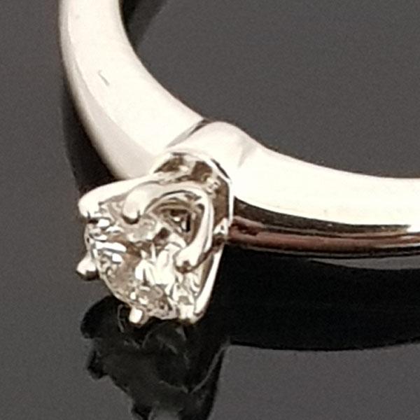 Tiffany(티파니) PT950(플래티늄) 0.16 캐럿 다이아 웨딩 반지-6호 [동대문점]