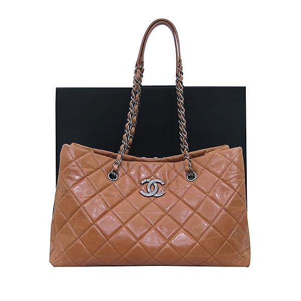 Chanel(샤넬) 빈티지 라이트 카멜브라운 퀼팅 은장로고 메탈 쇼핑 체인 숄더백 [부산센텀본점]