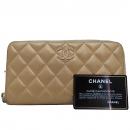 Chanel(샤넬) 샴페인골드 메탈리스 퀼팅 charm 장식 집 어라운드 장지갑 [인천점]