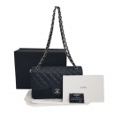 Chanel(샤넬) A58600 캐비어스킨 블랙 클래식 점보 L사이즈 은장 로고 체인 플랩 숄더백 [동대문점]