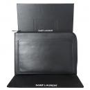YSL(입생로랑) SAINT LAURENT PARIS(생로랑파리) 485583D43481000 블랙 레더 프라그망 트리밍 집업 태블릿 홀더 클러치 [대전본점]