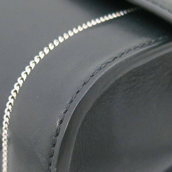 GIVENCHY(지방시) SHARK(샤크) 체인 디테일 블랙 레더 스몰 토트백 + 숄더 스트랩 [부산센텀본점] 이미지6 - 고이비토 중고명품