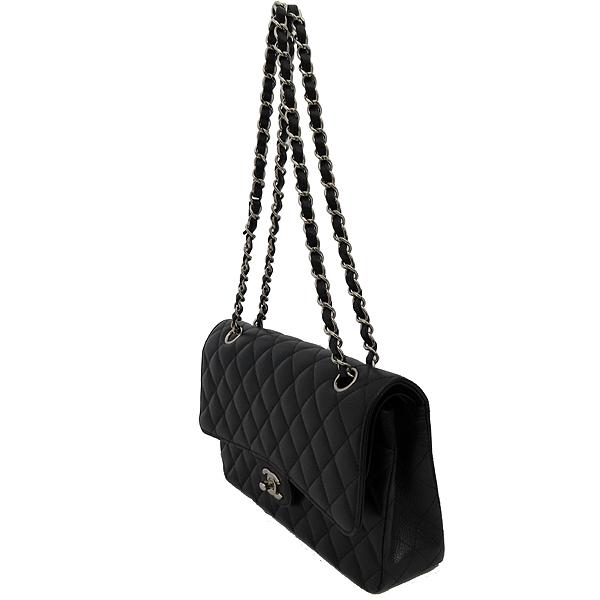 Chanel(샤넬) A0112Y01588 캐비어스킨 블랙 클래식 M사이즈 은장로고 체인 숄더백 [잠실점] 이미지2 - 고이비토 중고명품
