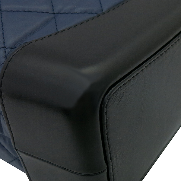 Chanel(샤넬) A94485 은장 coco로고 네이비 컬러 가브리엘 빈티지 숄더 겸 백팩 [부산센텀본점] 이미지5 - 고이비토 중고명품
