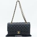 Chanel(샤넬) A01112Y01864 캐비어스킨 클래식 M 사이즈 금장 체인 숄더백 [강남본점]