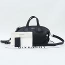 GIVENCHY(지방시) BB05095025 블랙 레더 나이팅게일 마이크로 미니 토트백 + 크로스 스트랩 [강남본점]