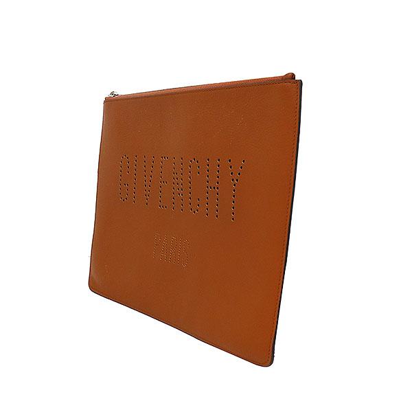 GIVENCHY(지방시) BK06072534 브라운 레더 퍼포 로고 클러치 [부산서면롯데점]