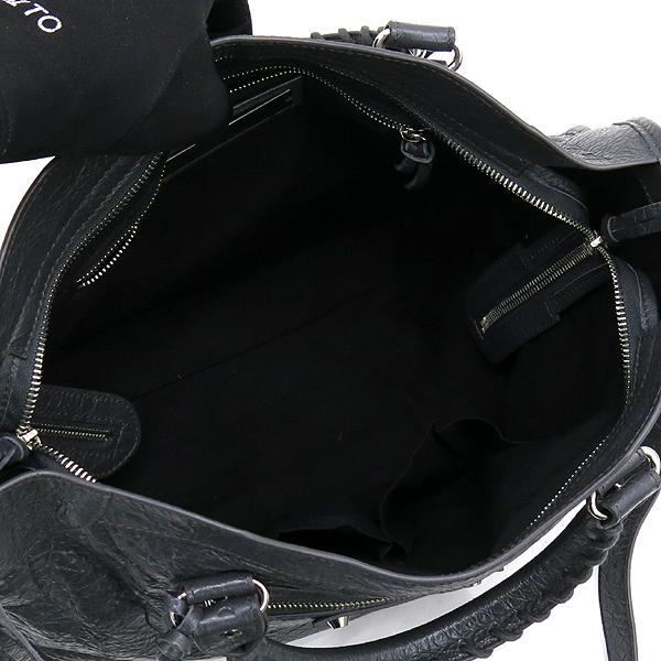 Balenciaga(발렌시아가) 505550 그레이 컬러 신형 클래식 실버 시티 토트백+크로스스트랩 2WAY [강남본점] 이미지5 - 고이비토 중고명품