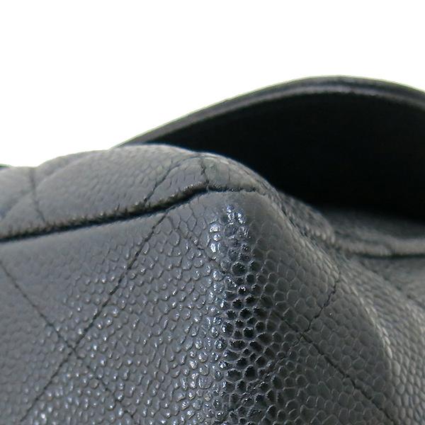 Chanel(샤넬) A28600 캐비어 스킨 블랙컬러 클래식 점보 L사이즈 금장로고 체인 원 플랩 숄더백 [부산센텀본점] 이미지6 - 고이비토 중고명품