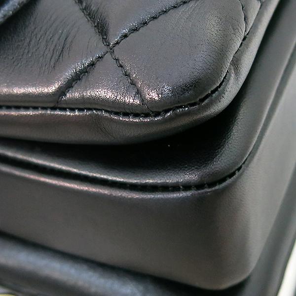 Chanel(샤넬) A69923 블랙 컬러 램스킨 클래식 COCO 금장로고 트렌디 CC M(미듐) 탑핸들 2WAY [부산센텀본점] 이미지6 - 고이비토 중고명품