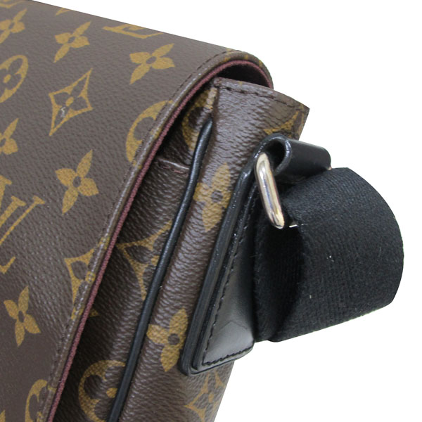 Louis Vuitton(루이비통) M40935 모노그램 마카사 디스트릭트 PM 크로스백 [대구반월당본점] 이미지4 - 고이비토 중고명품