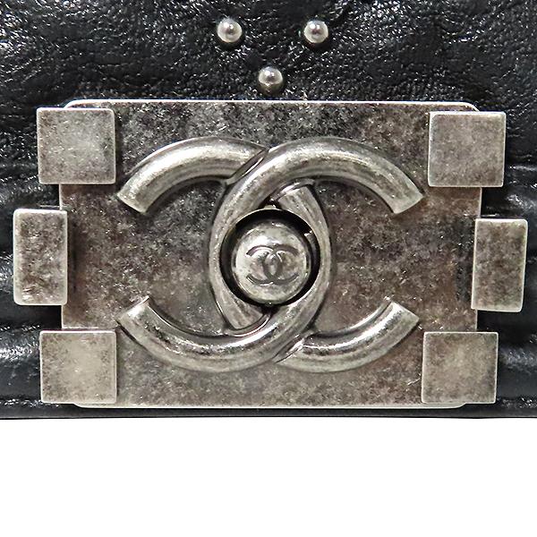 Chanel(샤넬) A67086 블랙 램스킨 보이샤넬 S사이즈 빈티지 체인 숄더백 [대전본점] 이미지6 - 고이비토 중고명품