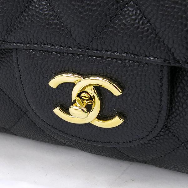 Chanel(샤넬) A47600Y01588 캐비어스킨 블랙 클래식 맥시 사이즈 금장 체인 숄더백 [강남본점] 이미지4 - 고이비토 중고명품