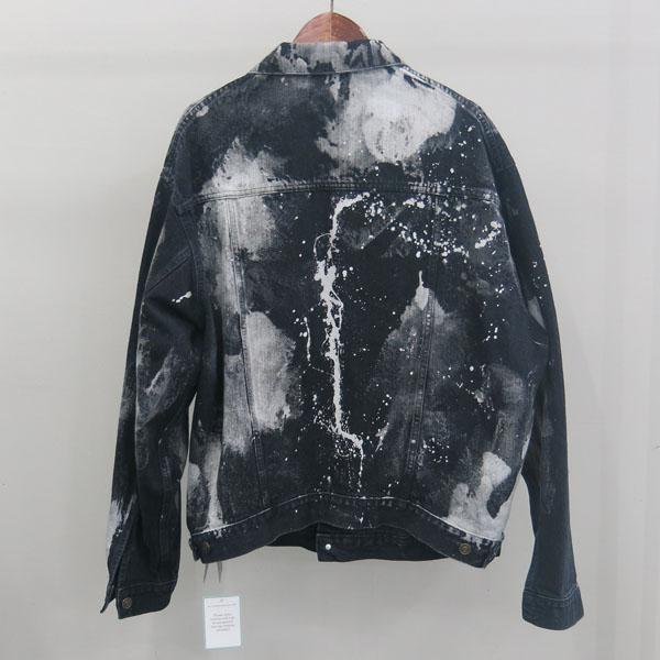 Balenciaga(발렌시아가) 557648TXE03 블랙 컬러 페인트 스테인 남성용 데님 자켓 [동대문점] 이미지3 - 고이비토 중고명품