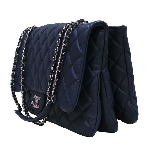 Chanel(샤넬) A94049 네이비 램스킨 클래식 3 트리오 M사이즈 은장 체인 숄더백 [대구반월당본점] 이미지3 - 고이비토 중고명품