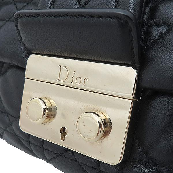 Dior(크리스챤디올) M9803PVRK 블랙 램스킨 디올 뉴 록 은장 체인 숄더백 [부산서면롯데점] 이미지4 - 고이비토 중고명품