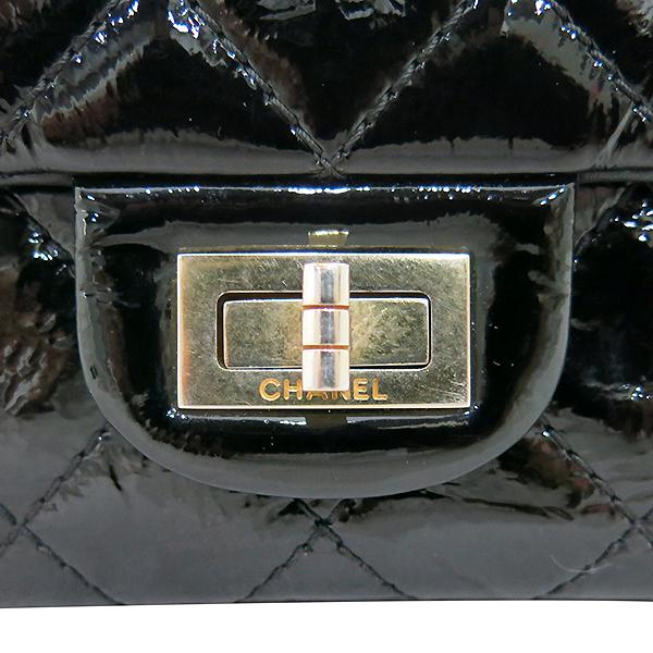 Chanel(샤넬) A37587 빈티지 블랙 페이던트 2.55 M사이즈 금장 체인 숄더백 [부산센텀본점] 이미지4 - 고이비토 중고명품