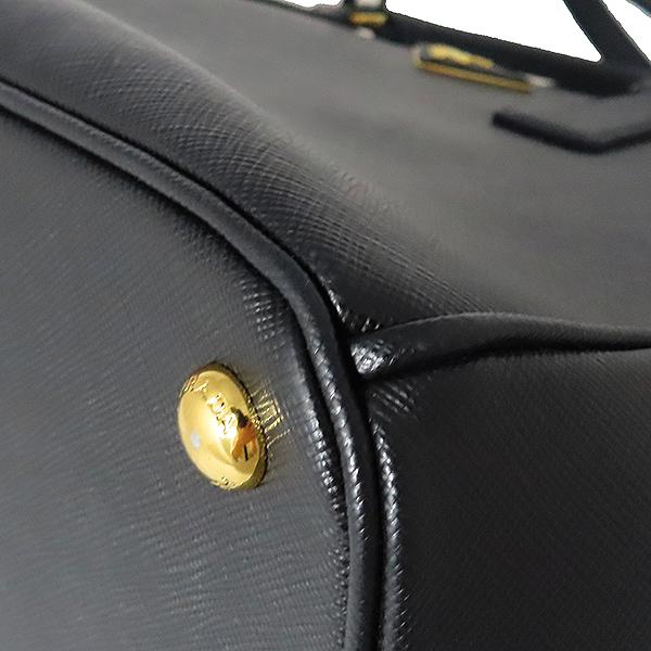 Prada(프라다) 1BA274 SAFFIANO LUX NERO 사피아노 럭스 블랙 금장로고 토트백 + 숄더스트랩 [대전본점] 이미지5 - 고이비토 중고명품
