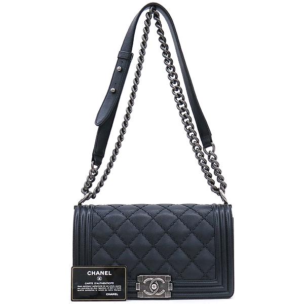 Chanel(샤넬) A67086 카프스킨 블랙 보이 샤넬 미디엄 M사이즈 루테늄 메탈 체인 플랩 숄더백 [강남본점]