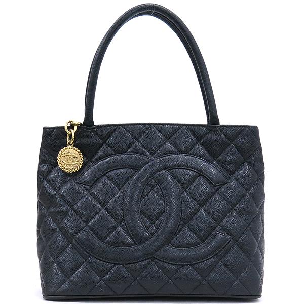 Chanel(샤넬) A01804 캐비어 스킨 블랙 COCO 로고 은장 코인 토트백 [강남본점]