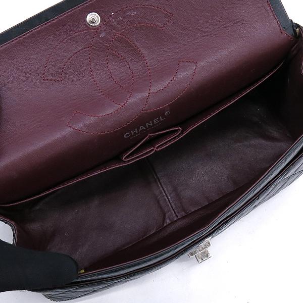 Chanel(샤넬) A37587 블랙 빈티지 2.55 M사이즈 은장 체인 숄더백 [강남본점] 이미지5 - 고이비토 중고명품