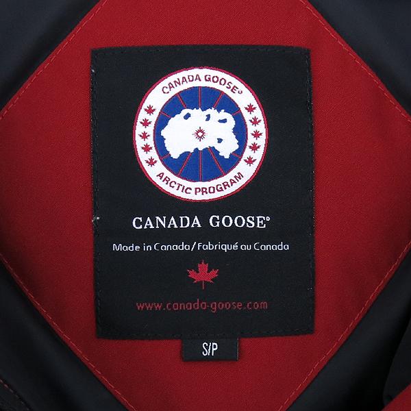 CANADA GOOSE(캐나다구스) 3800L 레드 컬러 RIDEAU (리도) 여성용 패딩 점퍼 [강남본점] 이미지4 - 고이비토 중고명품