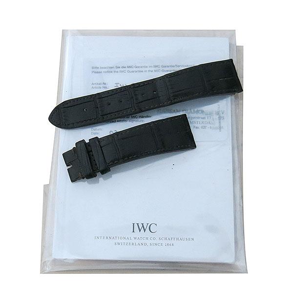 IWC(아이더블유씨) IW371702 파일럿 스핏파이어 크로노그래프 오토매틱 42MM 가죽밴드 남성용시계 [대구동성로점] 이미지7 - 고이비토 중고명품