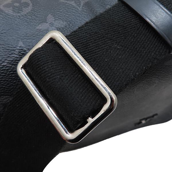 Louis Vuitton(루이비통) M44000 모노그램 이클립스 캔버스 디스트릭트 PM 크로스백 [인천점] 이미지4 - 고이비토 중고명품