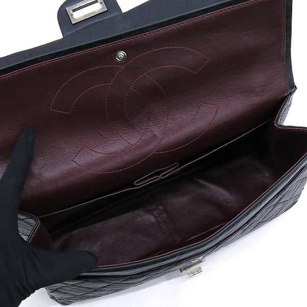 Chanel(샤넬) A37590 블랙 컬러 빈티지 2.55 L사이즈 은장 체인 플랩 숄더백 [강남본점] 이미지4 - 고이비토 중고명품