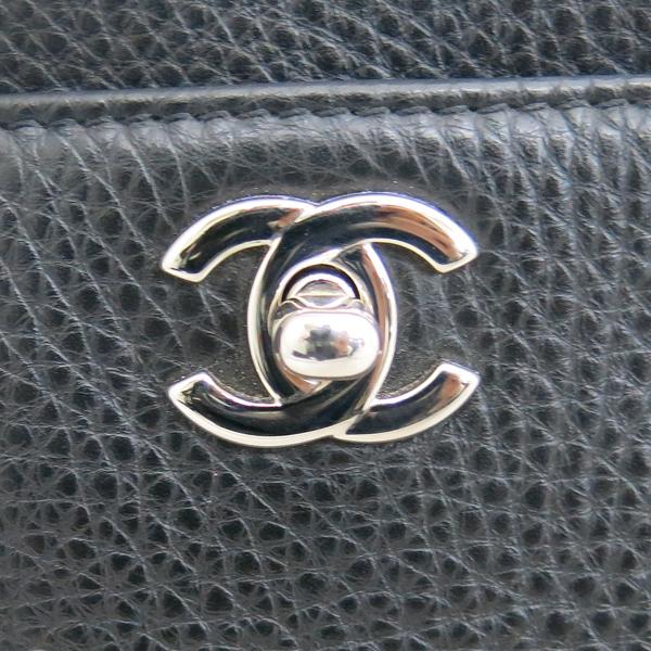 Chanel(샤넬) A15206 카프스킨 블랙컬러 COCO 은장로고 서프 토트백 + 숄더스트랩 2WAY + 보조 파우치 [동대문점] 이미지4 - 고이비토 중고명품