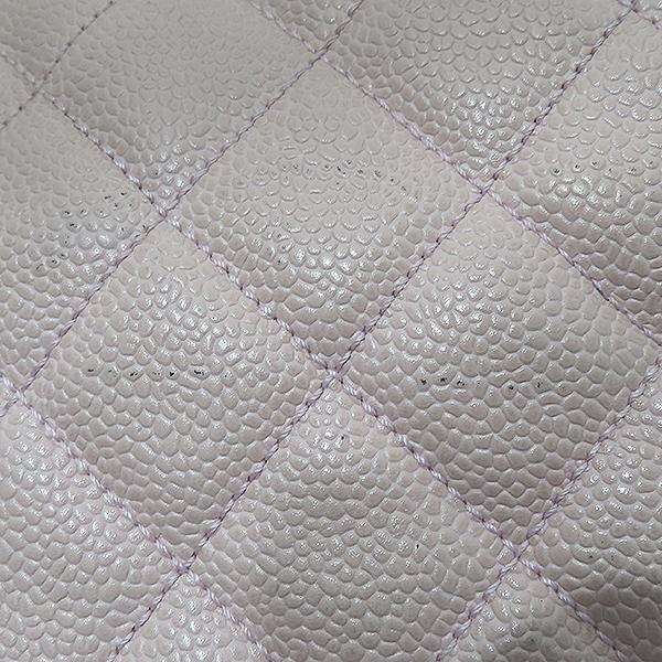 Chanel(샤넬) A18004 캐비어스킨 핑크컬러 퀼팅 마틀라쎄 COCO로고 스티치 정방 메탈 금장 체인 토트백 [부산서면롯데점] 이미지4 - 고이비토 중고명품