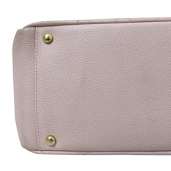 Chanel(샤넬) A18004 캐비어스킨 핑크컬러 퀼팅 마틀라쎄 COCO로고 스티치 정방 메탈 금장 체인 토트백 [부산서면롯데점] 이미지6 - 고이비토 중고명품
