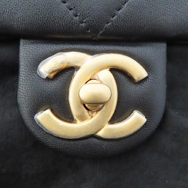 Chanel(샤넬) AS1357B01917 브레이슬릿 핸들 스몰 플랩백 [잠실점] 이미지4 - 고이비토 중고명품