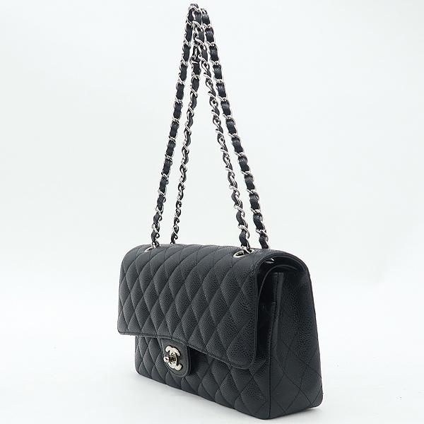 Chanel(샤넬) A01112 캐비어스킨 블랙 클래식 미듐 M사이즈 은장 로고 체인 플랩 숄더백 [강남본점] 이미지3 - 고이비토 중고명품